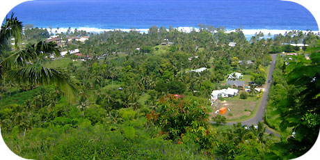 >>> View from hospital hill terrace to Arorangi / photo © cookislands.com